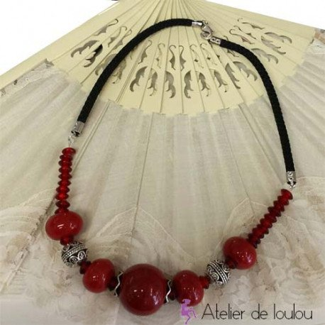 Achat collier rouge