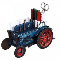 werkhaus | acheter tracteur bois | pot crayon agriculteur